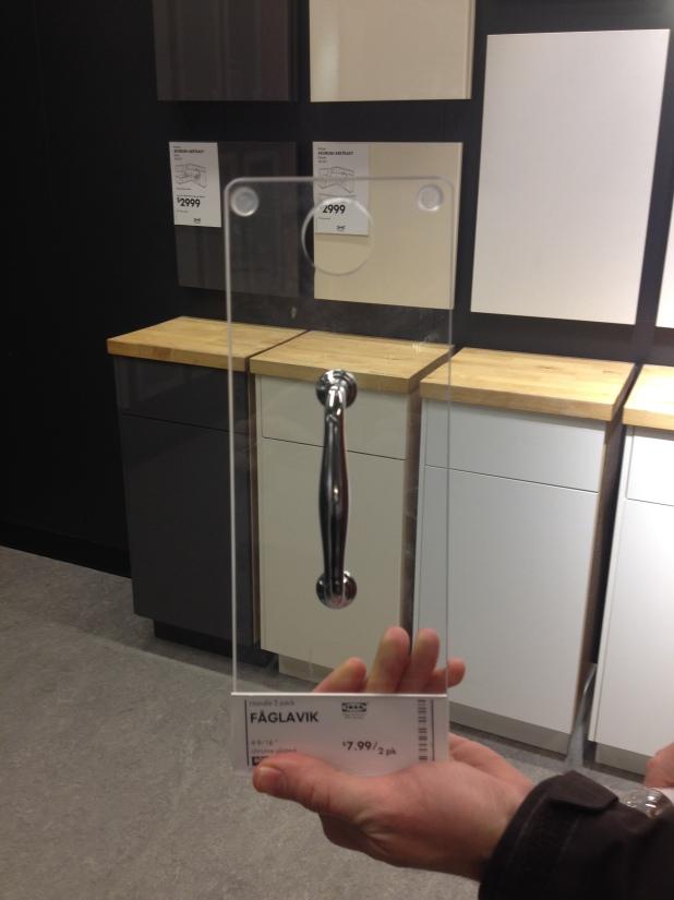 Close-up kitchen hardware top choice!